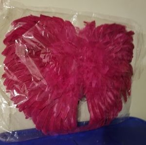 Accessories - Pink feather wings